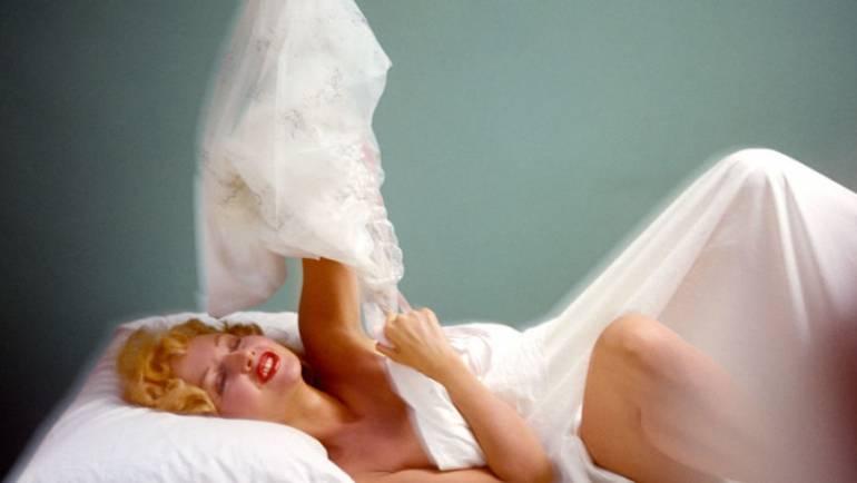 Les secrets pour devenir une femme sensuelle #Cosmopolitan Japon